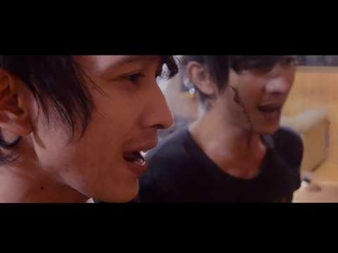 Download Teguh feat Demeises _Rapuh cover Mp4 baru