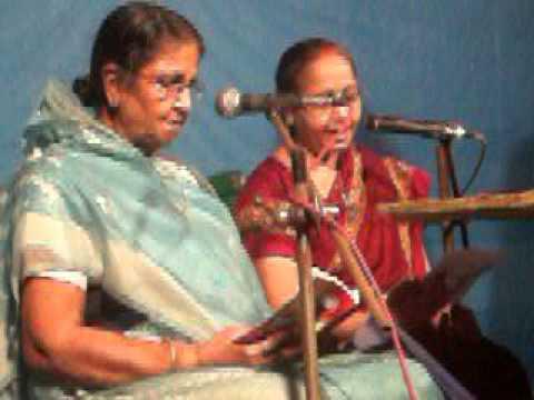 Meri Maiya Mere Ghar Aayi, Main To Jhum Jhum Batun Badhai 20121020 video