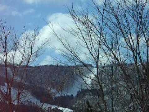 蔵王温泉スキー場まだまだ滑れます。N1561