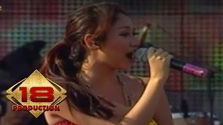 Download lagu Bunga Citra Lestari - Cinta Pertama Sunny  Live gratis