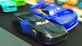 Disney Cars 3 : Jackson Storm & Danny Swervez Racing! - StopMotion