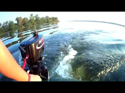 рыбалка на лодке с подвесным мотором