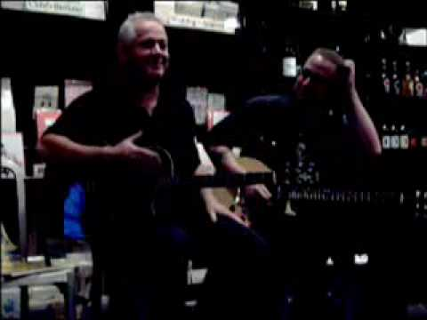 Jon Langford at the Book Cellar, Chicago, 16AUG06 Pt 6