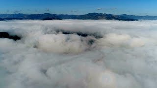 Spectacular sea of clouds creates dazzling scenery in SW China