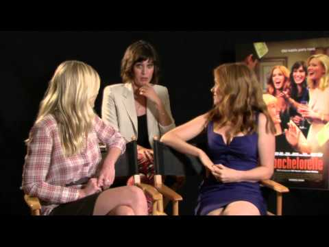 Isla Fisher Kirsten Dunst Lizzy Caplan Bachelorette Interview!