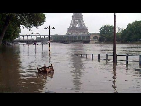 La décrue à Paris, une partie de la Seine-Maritime menacée