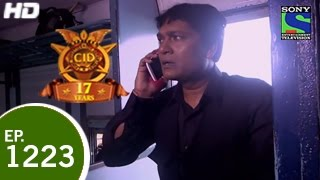 CID - सी ई डी - CID In Train 2 - Episode 1223 - 2nd May 2015
