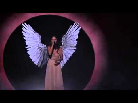 Selena Gomez - The Heart Wants What It Wants (Live at AMA 2014)