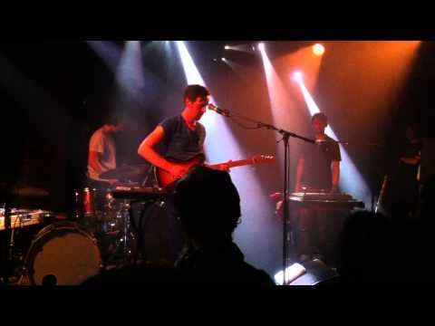 Wave Machines 'You Say The Stupidest Things' - Live @ La Maroquinerie (18-10-2012)
