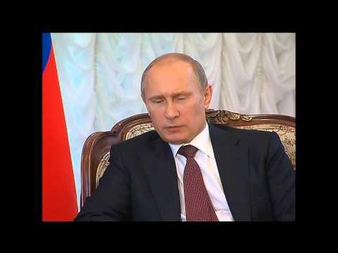 Putin meets with Afghan President Hamid Karzai
