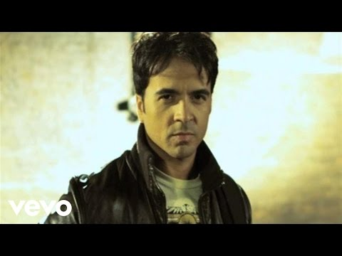 Luis Fonsi - Gritar Music Videos