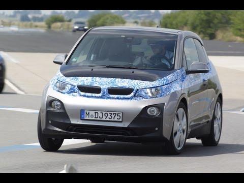Journaal - Zo rijdt de BMW i3