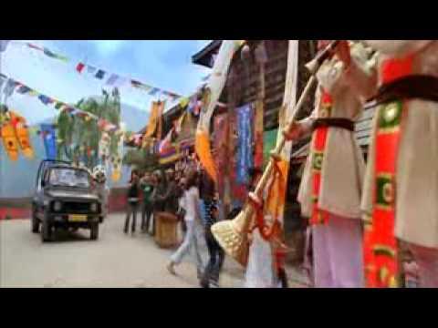 Ye Ishq Hai -  Jab We Met (high Quality Music Video With Lyrics) video