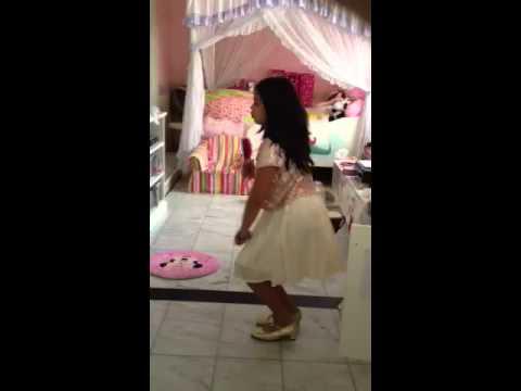 Latisha singing