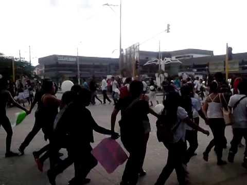 Otro vídeo de la #MarchaNegra #NoMásViolencia @Unimagdalena