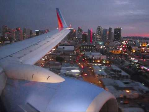 Southwest 737 landing in SAN at Sunset