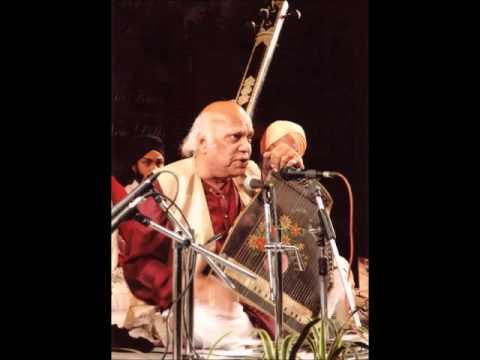Pandit Mani Prasad - Raga Bhairavi Thumri (Bajuband Khul Khul...