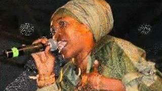 Watch Queen Ifrica Born Free video