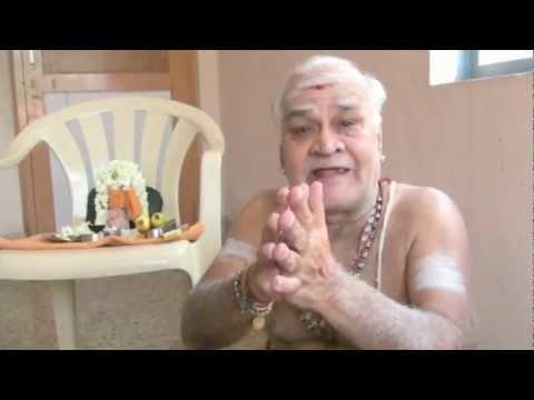 Experience with Mahaperiava - Sri Vikku Vinayakaram