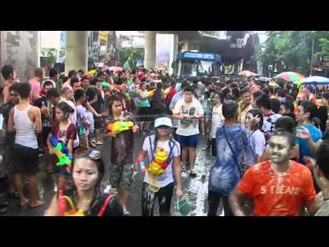 look bangkok - songkran festival, thailand