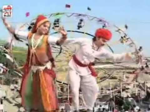 Rajasthani Song  Gujariya Kyo Ni Nache - Kamariya Lachke Re -...
