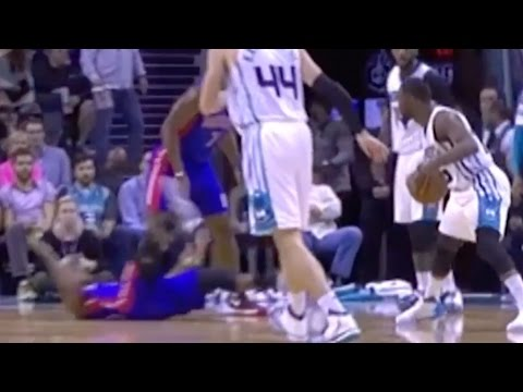 Kemba Walker's Killer Crossover, Andre Drummond Ejected For Throwing Elbow