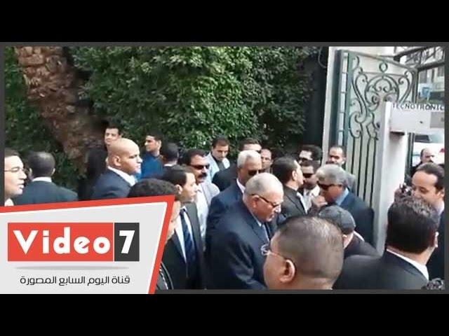 بالفيديو..المستشار الزند يصل نادى القضاة لحضور عمومية انتخابات التجديد الثلثى