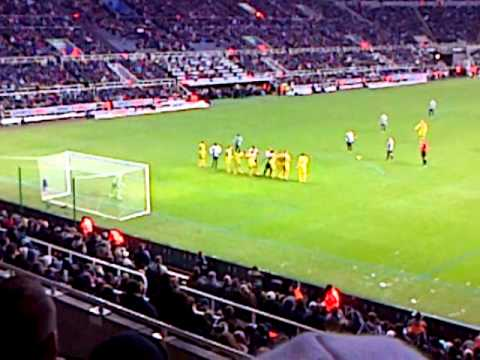 Newcastle 1 - 2 Reading - Yohan Cabaye Free Kick