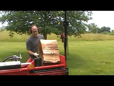 Demonstration of Gorillabac log splitter lift arm equipment