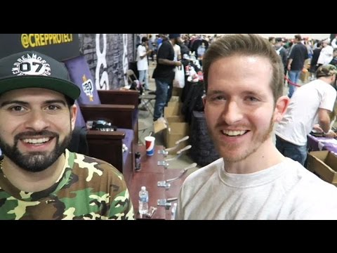 VLOG: SNEAKERCON CHICAGO WITH QIAS OMAR!!