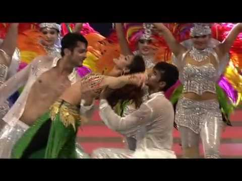 Vanitha Film Awards 2015 Part 13 Ileana d'cruz score the Stage