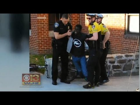 Police Struggle to Control Violence in Baltimore After Freddie Gray Death.