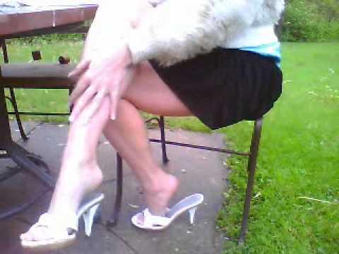 New Nobility Rebel hero sexy legs high heel shoe dangling