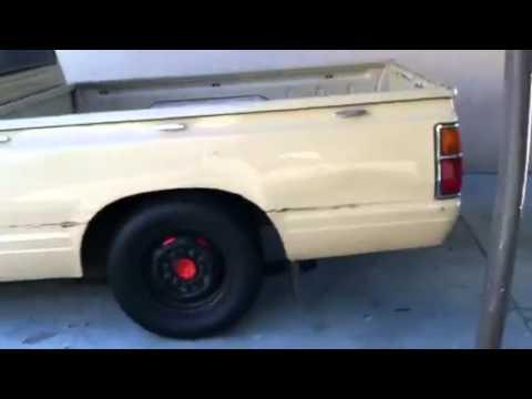 Datsun 720 truck