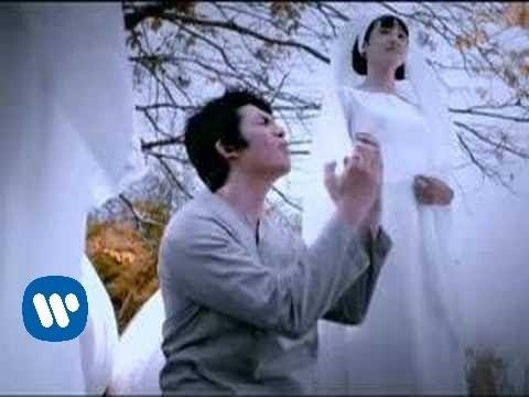 ACHA & IRWANSYAH - Aku Bersujud (Official Music Video)