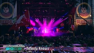 Watch Live Nobody Knows video