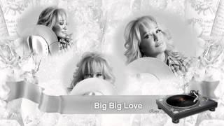 Watch Tanya Tucker Big Big Love video