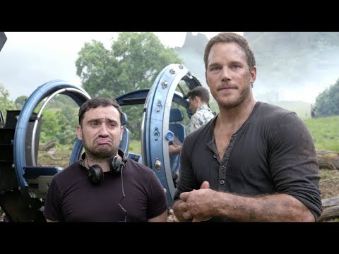 'Jurassic World: Fallen Kingdom' Exclusive Clip (2018) | Chris Pratt Interviews JA Bayona