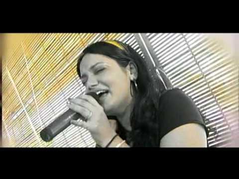 Jyotsna singing Bahon ke darmiyan - Yesterday Once More