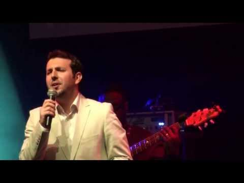 Mesut Kurtis - Qasidah Burdah Nasheed *live* Performance - London Troxy April 2013 video