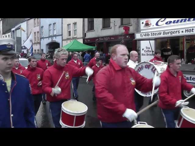 Dromore Sons Of Ulster FB @ Pride Of The Hill FB Parade 2012