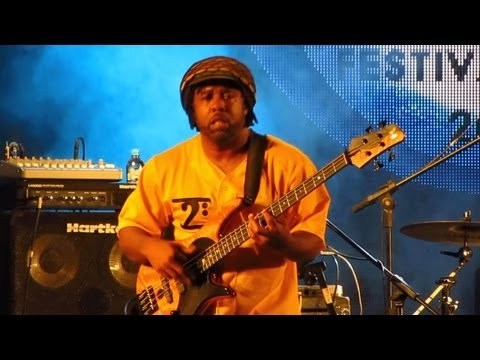 Victor Wooten Band |1| the Lesson - Rio Das Ostras Jazz & Blues Festival video