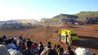 Monster truck runs over peopel at air show