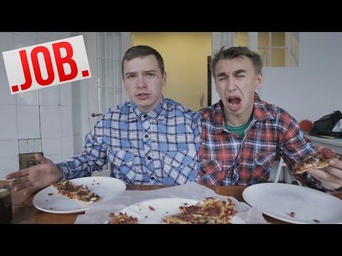Сиамские близнецы готовят пиццу / Трэш Кухня