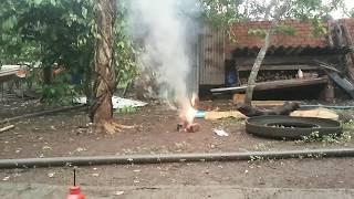 Nghịch ngu bom khói Kno3 +Đường+ Baking soda