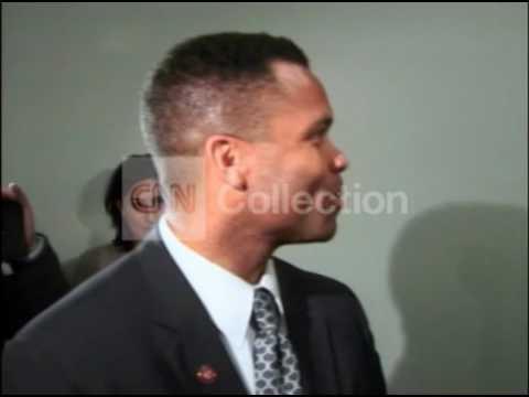 FILE:JESSE JACKSON JR SIGNS PLEA DEAL