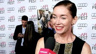 "Julianne Nicholson on Her ""Fairy Godsister"" Julia Roberts 