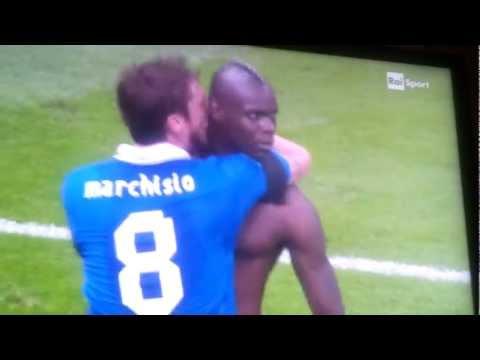 Euro 2012 Italia Germania 2 0 2° gol Balotelli