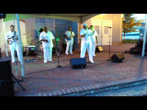 Carolina SOUL Band performing Thinking out Loud