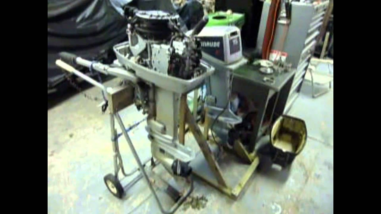 Evinrude 15 Hp >> 20 HP 1980's EVINRUDE OUTBOARD - YouTube